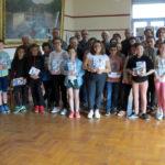 Futurs Sixième - Distribution de dictionnaires aux élèves